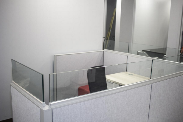 Office Furniture: Tampa Glass Partition Cubicle Installers